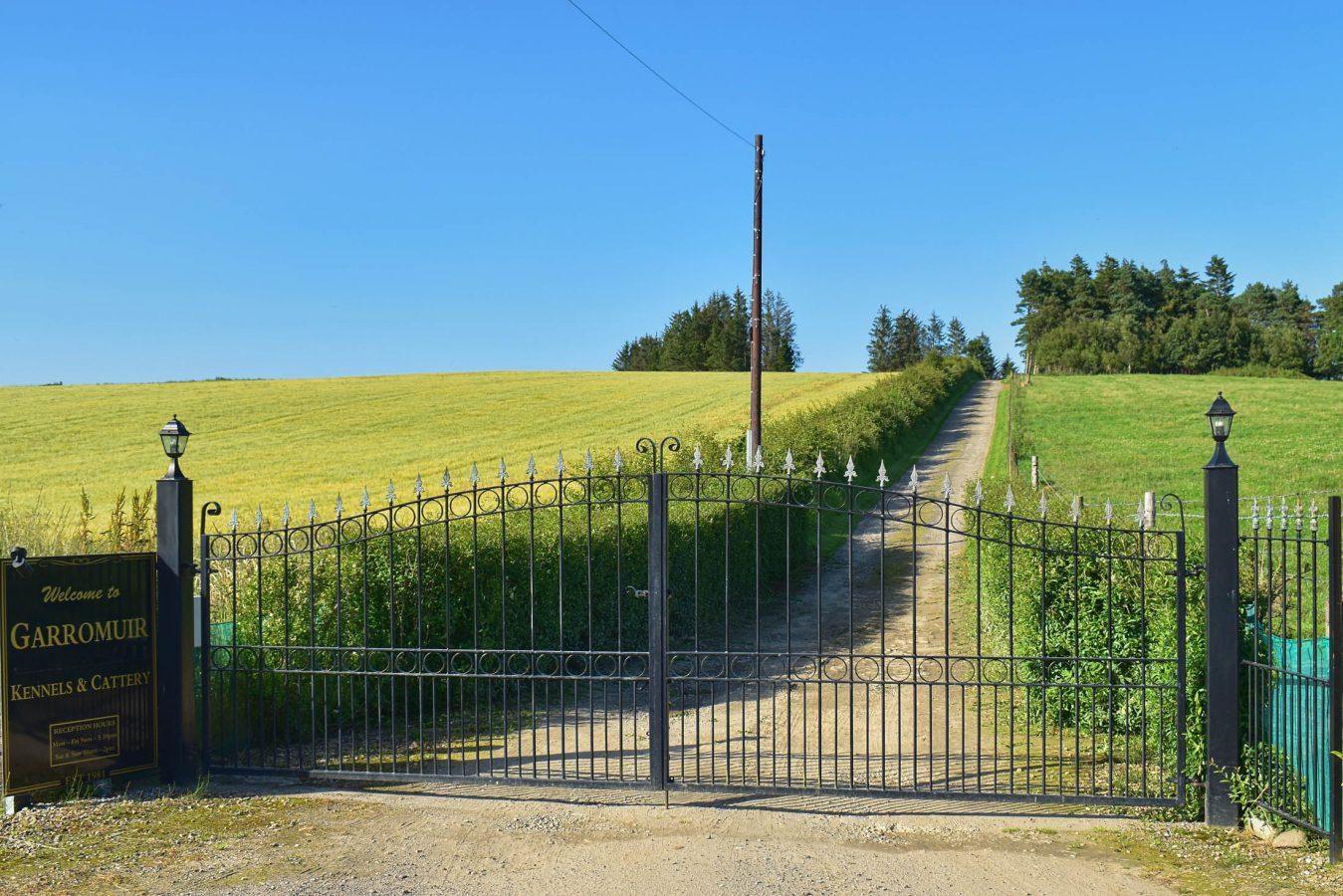 Entrance - DSC_0687